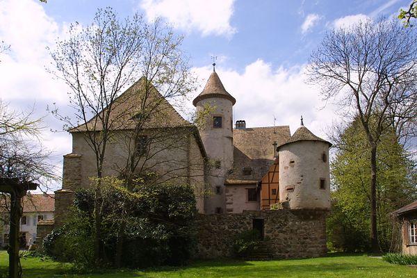 Actuellement, propriété d'un particulier, le château de Hartmannswiller est à vendre.
