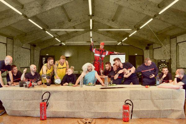 La Cène de Vinci revisitée par les pompiers de Boulogne-sur-Mer