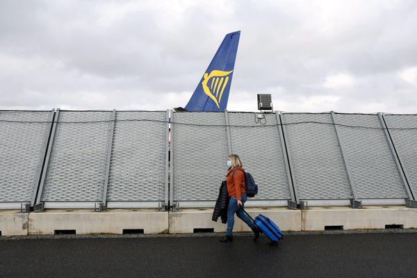 Derrière l'aéroport de Tours plane l'ombre de Ryanair