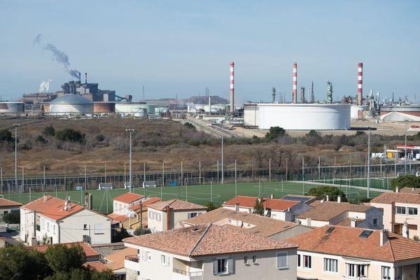 Les usines de Fos-sur-Mer