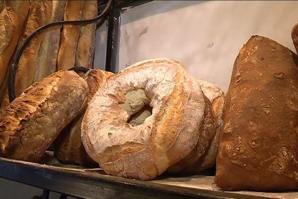 L'une des dernières boulangeries au feu de bois se trouve à Lucéram