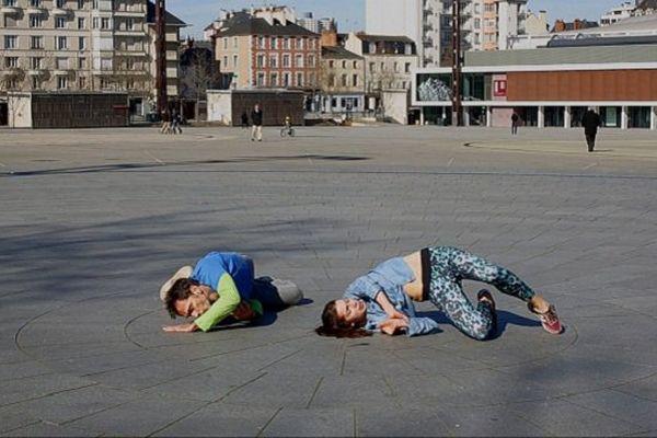 Répétition sur l'esplanade Charles de Gaulle à Rennes pour l'événement Fous de Danse