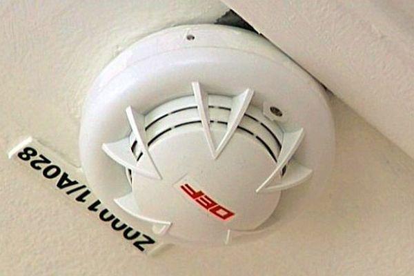 Sept millions de logements ne seraient pas équipés de détecteurs de fumée.