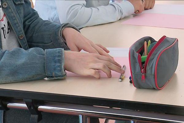 Le micro-collège Guy Maréchal à Amiens accueille 15 élèves de 13 et 14 ans en décrochage scolaire. C'est le deuxième micro-collège de l'académie.