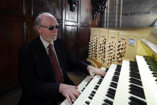 Jean-Pierre Leguay a été titulaire du grand orgue de 1985 à 2015.
