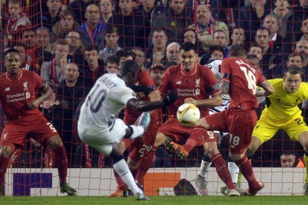 Le but de Saivet contre Liverpool ne sauvera pas Bordeaux de l'élimination de l'Europa League le 26 novembre 2015