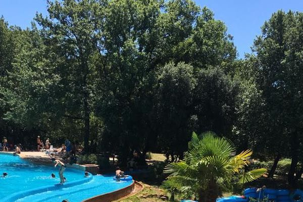 Le Parc aquatique La Bouscarasse en Uzège (Gard) restera fermé cet été.
