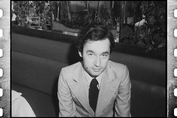 """Michel Denizot  lance le prix littéraire """"George Sand"""" en 1976 à Paris"""