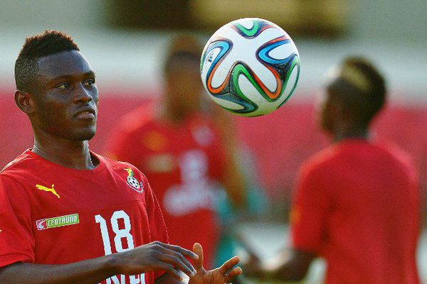 Abdul Majeed Waris avec le maillot du Ghana