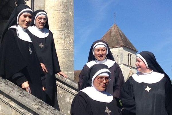 Neuf moniales venues des quatre coins du monde (Australie, Angleterre, Irlande, Pérou, Equateur, Nouvelle-Zélande…) sont arrivées en Haute-Marne