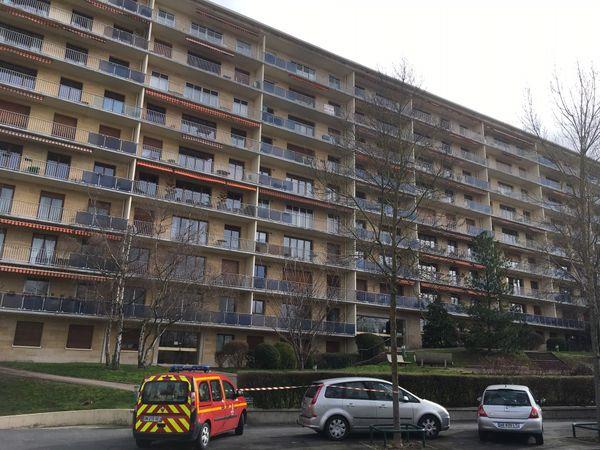 Cet immeuble du boulevard Pommery à Reims a souffert à cause de la tempête
