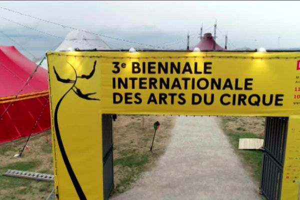 Pendant un mois, la biennale internationale du cirque s'est installée à Marseille.