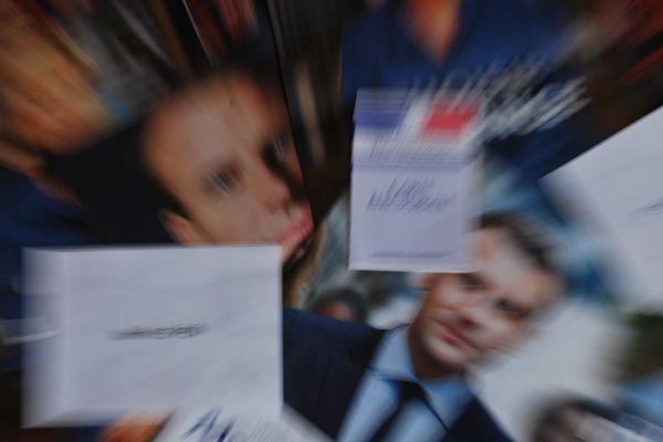 Selon un sondage réalisé par CEVIPOF pour France 3, en Auvergne-Rhône-Alpes, 52% des personnes interrogées souhaitent une majorité de députés favorables à E. Macron.