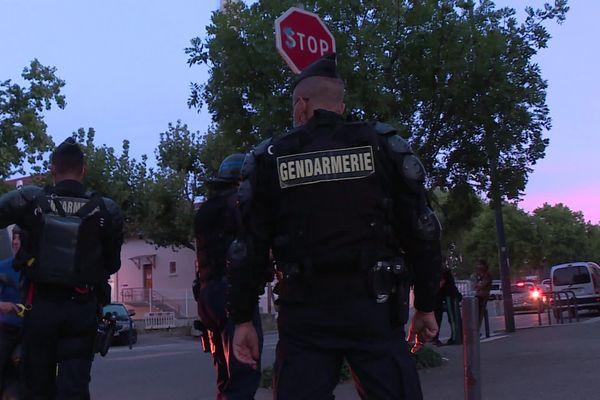Policiers et gendarmes lors de l'opération très médiatisée le 26 août dans le quartier Mistral à Grenoble