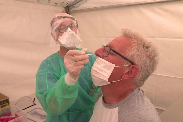 Le centre de dépistage gratuit au coronavirus dans le centre ville de Caen. Deux autres sites ouvrent à Hérouville-Saint-Clair ce lundi 29 juin.