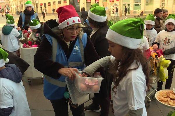 Chaque année, le Secours Populaire organise une maraude le 25 décembre, comme ici l'année dernière.