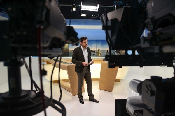 Frédéric Nicolas présente le 18.30 sur France 3 Normandie, un nouveau rendez-vous d'information de proximité sur votre antenne.