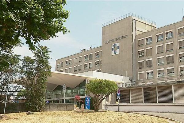 Une des deux victimes a été transportée à l'hôpital Lavéran à Marseille