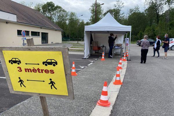 Distribution de masques à Saint-Pouange