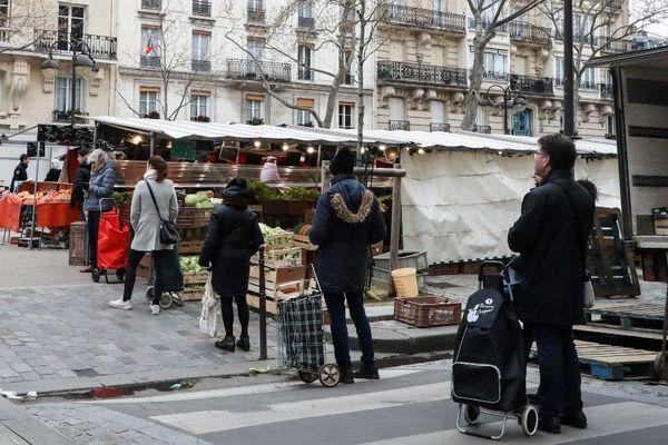 Tous les marchés parisiens seront fermés suite aux annonces du Premier ministre. (Illustration)