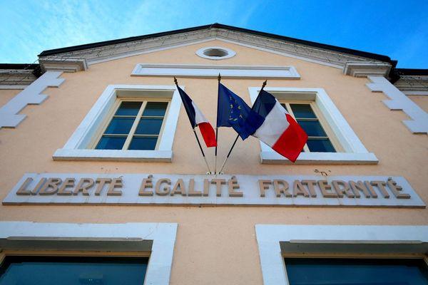 La mairie de Mandeure, dans le Doubs.