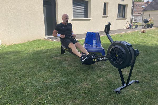 Christophe Grandjean s'entraîne 5 heures par jour depuis deux mois avant le grand défi 24h rameur du 10 septembre