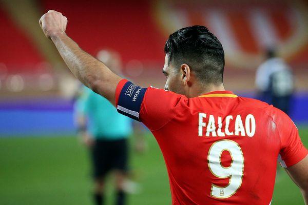 Ramadel Falcao pointe du doigts des arbitres qui ne protègent pas suffisamment les bons joueurs.