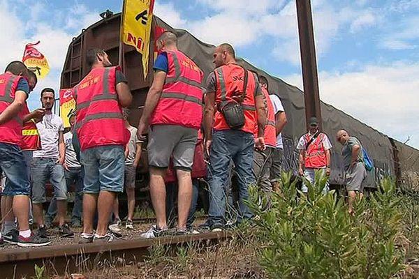 Nîmes-Courbessac (Gard) - manifestation des cheminots après l'annonce de la fermeture du site de fret - 13 juin 2018.