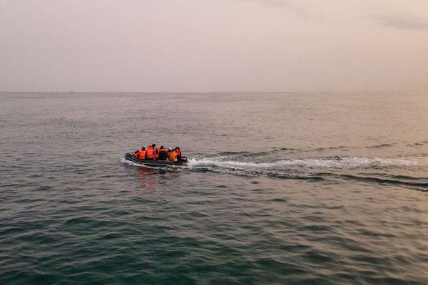 En 2020, les autorités françaises ont dénombré quatre fois plus de passages ou de tentative de passage de la Manche par des migrants qu'en 2019.