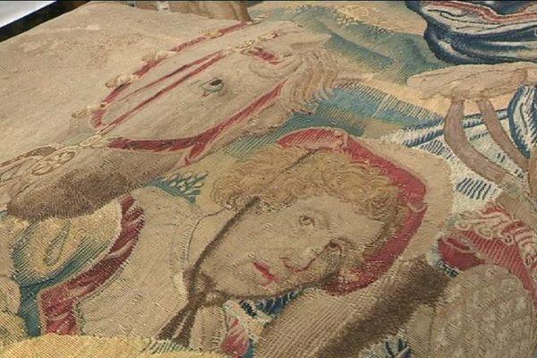Une tapisserie appartenant à la ville de Beauvais, restaurée à Bonneuil-sur-Marne, dans le Val-de-Marne.