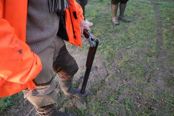 Les chasseurs sont régulièrement pointés du doigt pour certaines pratiques jugées cruelles envers les animaux.