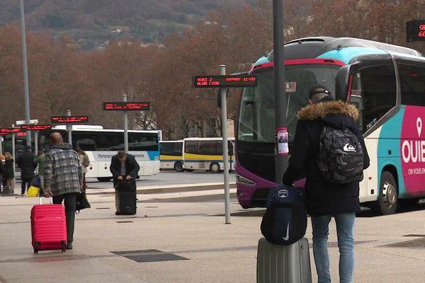 Le plan transport a été renforcé par la commande de 590 autocars pour la région