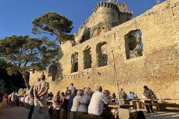 Au nord des Bouches-du-Rhône, Boulbon est l'un des plus vieux châteaux de Provence.