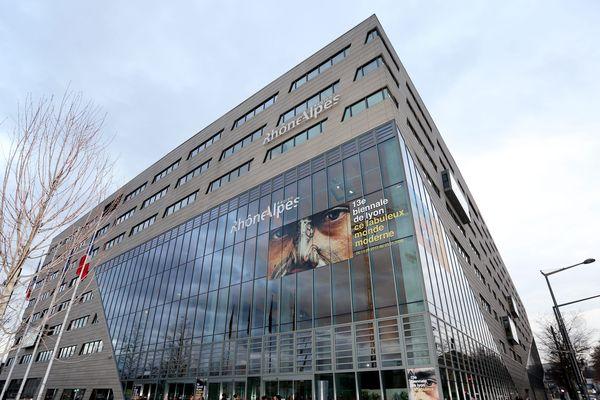 Le bâtiment du conseil régional à Confluence