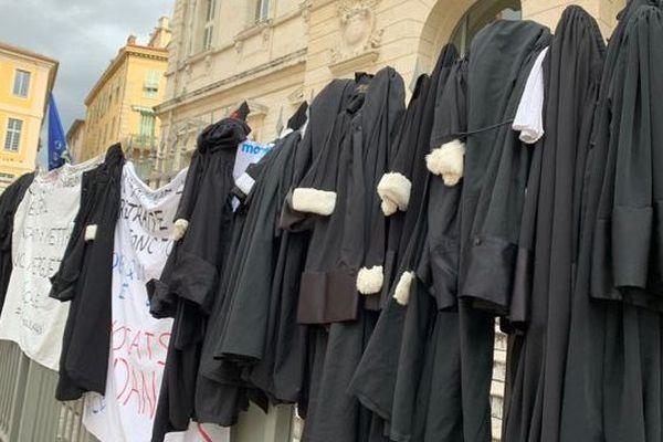 Les avocats en grève ce lundi 13 janvier 2020 à Nice