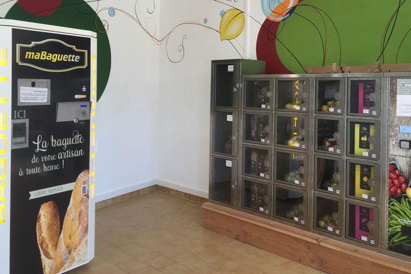 Au départ, c'est le boulanger de Ligueil et son distributeur de baguettes qui a ouvert la voie du commerce automatique à Paulmy