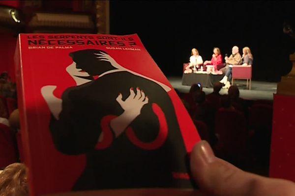 Les serpents sont-ils nécessaires ?  aborde des thèmes chers à Brian de Palma : les scandales politico-sexuels, la vengeance et le sang