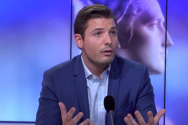 Sylvain Dijon, directeur de campagne de Maryse Joissains, l'a représentée lors du débat.