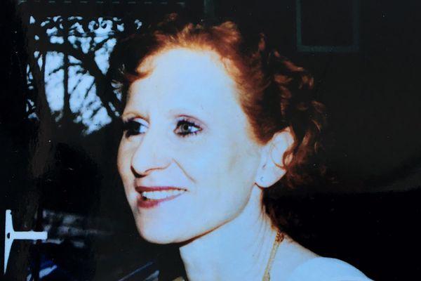 Françoise Saffer, 56 ans a été retrouvée morte un an après sa disparition. Son mari est le principal suspect.