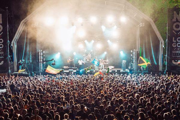 Le festival No Logo a lieu chaque été depuis 2013 sur le site des forges de Fraisans ( 39 )