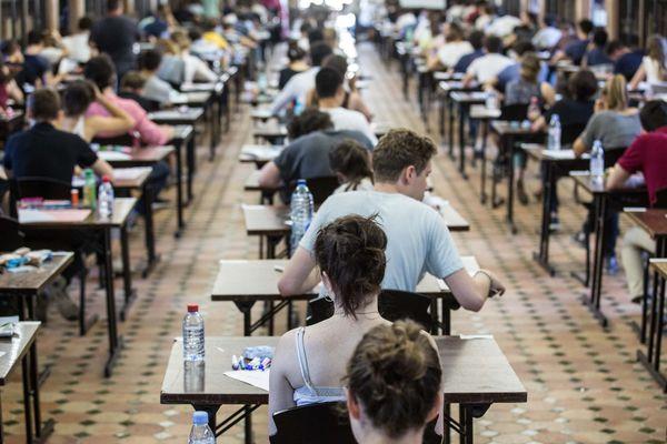 """Pas de grandes salles d'examens. Les étudiants lorrains ne passeront pas leurs examens du second semestre en """"présentiel"""" mais en """"distanciel""""."""