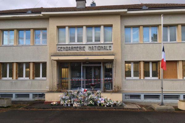 La gendarmerie du Puy-de-Dôme appelle à la vigilance après le démarchage à domicile de faux gendarmes.