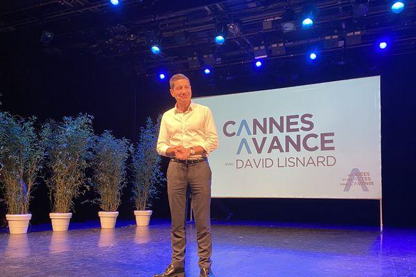David Lisnard présente son programme pour les élections municipales de Cannes au théâtre de la Licorne à Cannes-la-Bocca le jeudi 13 février 2020.