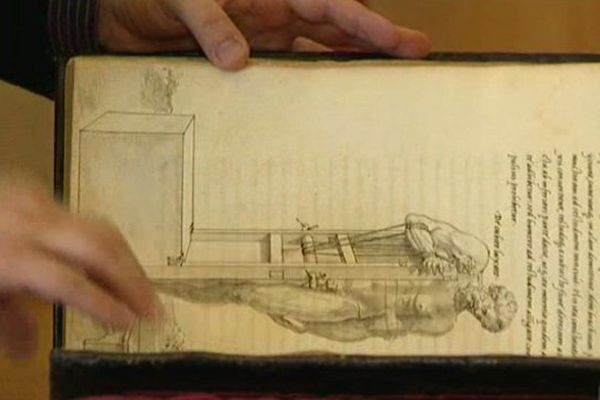 L'une des livres de la collection royale de François 1er exhumé de la bibliothèque Nationale de France pour être exposé au château de Blois -
