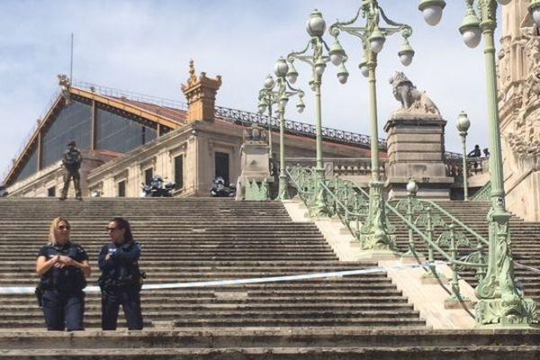 La gare Saint Charles est restée fermée pendant trois heures.