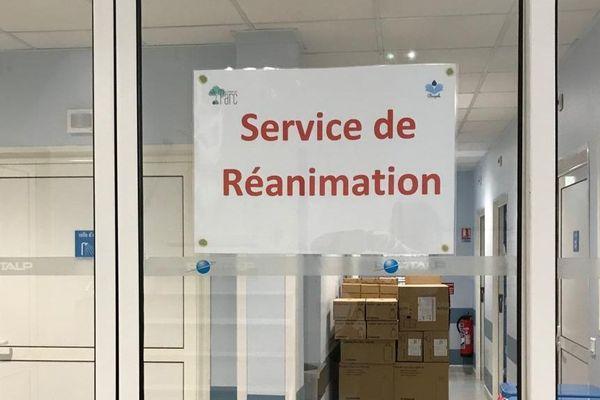 Castelnau-le-Lez (Hérault) - la clinique du Parc se prépare pour accueillir des malades en réanimation - 2020.