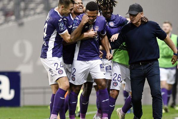 La joie de gagner et de marquer des buts les Violets l'ont souvent partagée avec le coach Patrice Garande en ce début de saison.