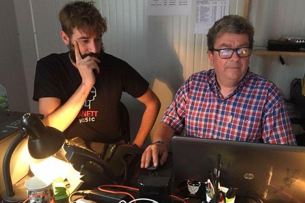 Jean-Marie Hurtel et Hervé Nicolas, road et régisseur pour la scène Gwernig