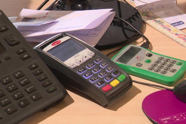 Des commerces de Port-la-Nouvelle, dans l'Aude, privés d'internet et de téléphone suite au raccordement à la fibre.