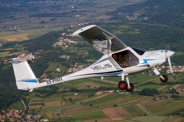 Velis électro, l'avion-école électrique, objet du partenariat entre Green Aerolease et Pipistrel
